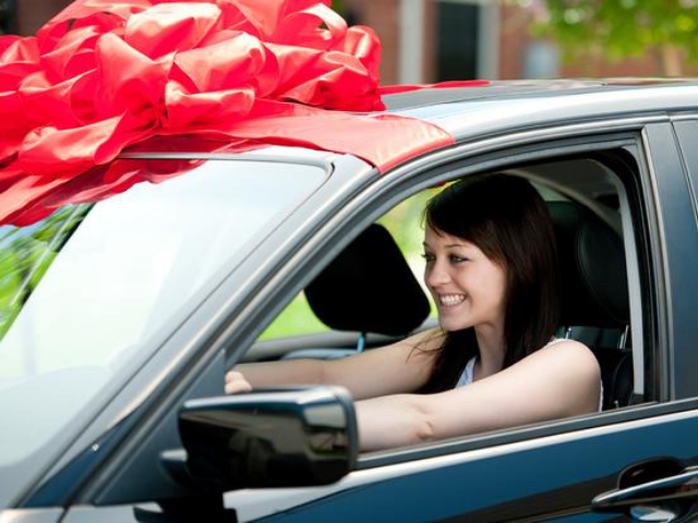 Learn How to Choose the Right Car for your Teenager